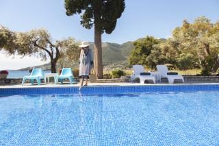 agni luxurious apartments in lefkada