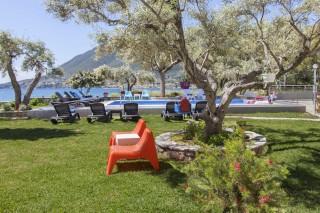 facilities agni studios garden with sea view